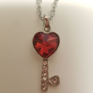 Jewelry - Silver tone red heart key pendant necklace adjstbl